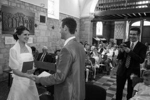 mariage religieux, mariage eglise, couple de mariés eglise, photographe de mariage Ile-de-France, Yvelynes, Seine-et-Marne, Val-de-Marne, Haut-de-Seine, Essonne